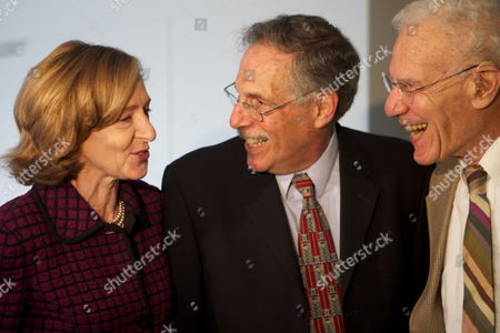 Mit Professor of Economics Peter Diamond Center Chats with Mit President Susan Hockfield and Mentor 1987 Nobel Winner Robert Solow After a Press Conference Announcing Diamond's Winning of the 2010 Nobel Prize in Economics at the Mit Campus in Cambridge Mass Usa on 11 October 2010 Hours After Being One of Three Awarded the Nobel Prize in Economic Sciences United States Cambridge