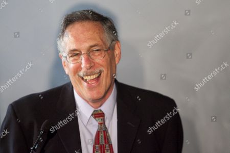 Mit Professor of Economics Peter Diamond Jokes with the Media at a Press Conference From the Mit Campus in Cambridge Mass Usa on 11 October 2010 Hours After Being One of Three Awarded the Nobel Prize in Economic Sciences United States Cambridge