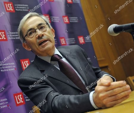 Winner of the 2010 Nobel Prize For Economics Christopher Pissarides Speaks During a Press Conference at the London School of Economics (lse) in London Britain 11 October 2010 Us Researchers Peter a Diamond and Dale T Mortensen and British-cypriot Citizen Christopher a Pissarides Shares the Award with Us Researchers Peter a Diamond and Dale T Mortensen the Trio Were Awarded the Prize For Their 'Analysis of Markets with Search Frictions ' in Relation to the Labour Market United Kingdom London