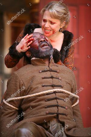 Joseph Mydell as Gloucester and Kellie Bright as Regan