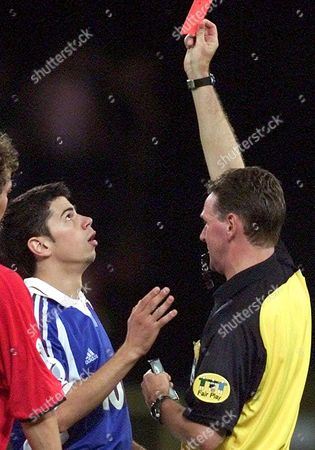 Liege Belgium : Yugoslav Forward Mateja Kezman Receives a Red Card by Scottish Referee Hugh Dallas During the Euro 2000 Soccer Championship Group C Match Between Norway and Yugoslavia in Liege Sunday 18 June 2000 (electronic Image)