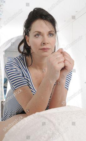 Carole Caplin demonstrates her massage technique