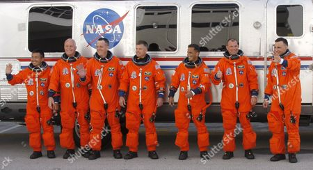 Editorial photo of Usa Shuttle Discovery - Mar 2009