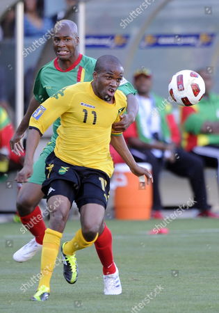 Dane Richards of Jamaica (f) and Leon Johnson of Grenada (b) Vie For the Ball During Their Gold Cup Soccer Match in Los Angeles California Usa 06 June 2011 the 12-team Tournament Runs Through 25 June when the Final Will Be Played at the Rose Bowl in Pasadena California United States Los Angeles