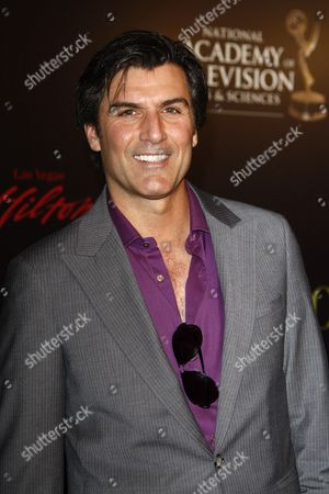 Us Actor Vincent Irizarry (of 'The Young and the Restless') Arrives at the 37th Annual Daytime Entertainment Emmy Awards Held at the Las Vegas Hilton Hotel in Las Vegas Usa 27 June 2010 the Daytime Entertainment Emmy Awards Recognize Outstanding Achievement in All Fields of Daytime Television Production United States Las Vegas