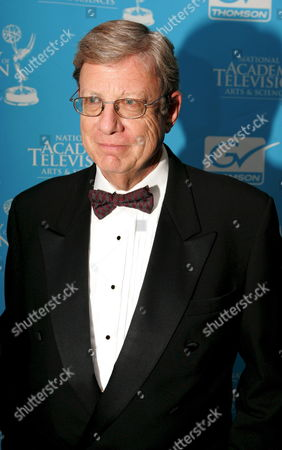 Jeff Greenfield of Cnn Arrives For the 28th Annual Annual News and Documentary Emmy Awards in New York Usa On 24 September 2007 While the Primetime Emmy Awards Are Intended to Be Mainly Entertaining the Emmy News and Documentary Awards Focus On the Work Being Done by Broadcasters and Cable Networks to Inform