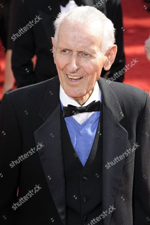 Dr Jack Kevorkian Arrives at the 62nd Annual Primetime Emmy Awards Held at the Nokia Theatre in Los Angeles California Usa 29 August 2010 the Primetime Emmy Awards Honor Excellence in Us Primetime Television Programming United States Hollywood