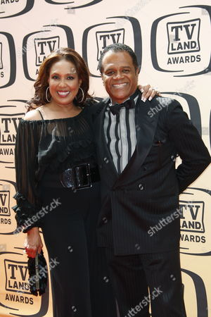 Stock Image of Us Actress Telma Hopkins (l) and Us Actor Ted Lange (r) of the Love Boat Arrive at the 8th Annual Tv Land Awards at the Sony Studios in Culver City California Usa 17 April 2010 the Tv Land Awards Celebrate Generally Tv Shows Now Off Air Rather Than in Current Production United States Los Angeles