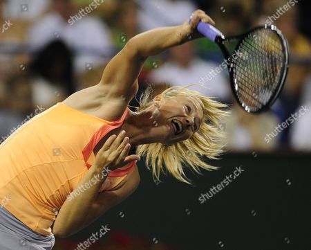 Maria Sharapova of Russia Serves Against Dinara Safina of Russia at the Bnp Paribas Open in Indian Wells California Usa 15 March 2011 United States Indian Wells