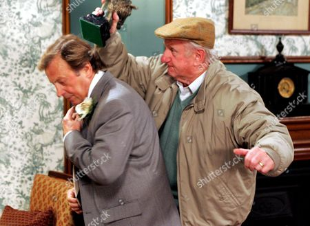'Emmerdale'   TV Kenneth Farrington being hit by Peter Martin