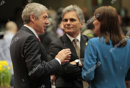 Portuguese Prime Minister Jose Socrates (l) Austrian Chancelor Werner Faymann (c) and Finnish Prime Minister Mari Kiviniemi (r) During an European Union Summit in Brussels Belgium 25 March 2011 Belgium Brussels