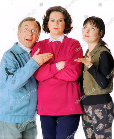 'Barbara'   TV Sam Kelly with Caroline Milmoe (right) and Gwen Taylor