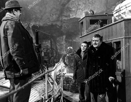 'When Eight Bells Toll'   Film Robert Morley and Jack Hawkins