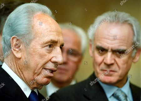 Athens Greece : Greek Defence Minister Akis Tsochatzopoulos (r) and Israeli Minister of Foreign Affairs and Deputy Prime Minister Shimon Peres (r) Talk to the Press After Their Meeting in Athens on Wednesday 04 April 2001 (film)