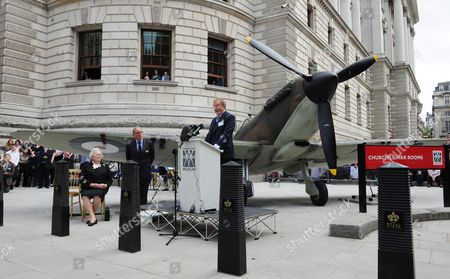 British Actor Robert Hardy Recreates Winston Churchill Famous Speech 'The Few' Outside the Churchill War Rooms in London England Britain on 20 August 2010 the Event is Part of a Series of Memorial Events Taking Place Throughout the Year to Mark the 70th Anniversary of the Historic Mission Known As the Battle of Britain During Which Royal Air Force Fighter Squadrons Fought German Luftwaffe Bombers That Pounded Britain's Cities and Airfields As Preparation For a Planned Invasion the Battle of Britain is Considered by Many to Be a Major Turning Point in World War 2 United Kingdom London