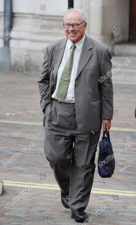 Dr Hans Blix Arriving at the Queen Elizabeth Hall For the Iraq Inquiry London 27 July 2010 the Former Un Chief Weapons Inspector Will Be Quizzed For Three Hours This Afternoon on His Role at the Head of an Inspections Team Tasked with Searching For Saddam Hussein's Alleged Weapons of Mass Destruction United Kingdom London