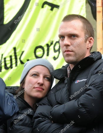 Lance Corporal Joe Glenton with His Wife Clare at a Stop the War Demonstration in London Britain 24 October 2009 Lance Corporal Joe Glenton Faces a Court Martial After Refusing to Fight in Afghanistan Lance Corporal Glenton Denies the Charge of Desertion Because He Believes the Conflict is Unlawful Thousands of People Marched Through London Calling For an End the War in Afghanistan United Kingdom London