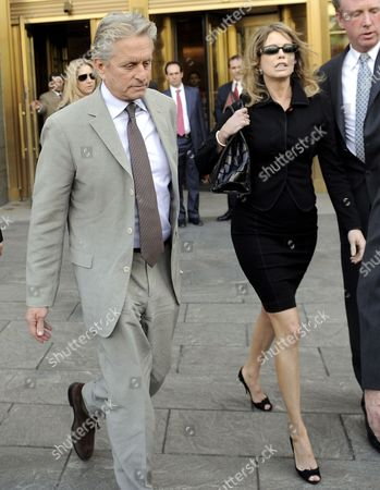 Us Actor Michael Douglas (l) and His Ex-wife Diandra Douglas (r) Leave a Federal Courthouse After Attending the Sentencing of Their Son Cameron in New York New York Usa on 20 April 2010 a Judge Sentenced Michael Douglas' Son Cameron Douglas on Drug Charges to Five Years in Prison at the Hearing United States New York
