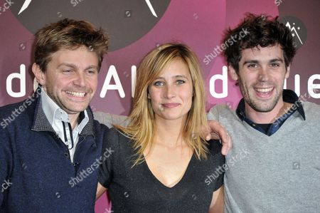 French Director Aliocha Itovich (l) French Actress Julie De Bona (c) and French Director Guillaume Ducreux (r) Pose at the Photocall of 'Oh Merde !' During the 15th Annual International Comedy Film Festival in L'alpe D'huez France 18 January 2012 the Festival Runs From 17 to 22 January France Alpe D'huez
