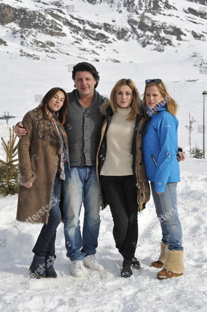 Stock Photo of (l-r) French Actors Vanessa Demouy Philippe Lellouche Julie Gayet and Julie Bernard Pose During the Photocall For the Movie 'Nos Plus Belles Vacances' at the 15th Annual International Comedy Film Festival in L'alpe D'huez France 19 January 2012 the Festival Runs From 17 to 22 January France Alpe D'huez