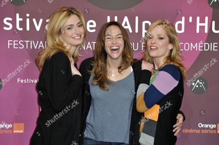 French Actresses (l to R) Julie Gayet Vanessa Demouy and Julie Bernard Pose at the Photocall of 'Nos Plus Belles Vacances' (our Best Holiday) During the 15th Annual International Comedy Film Festival in L'alpe D'huez France 18 January 2012 the Festival Runs From 17 to 22 January France Alpe D'huez
