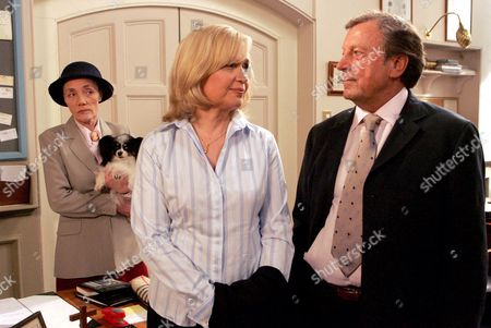 'Emmerdale'   TV Shirley Stelfox, Susan Penhaligon and Kenneth Farrington