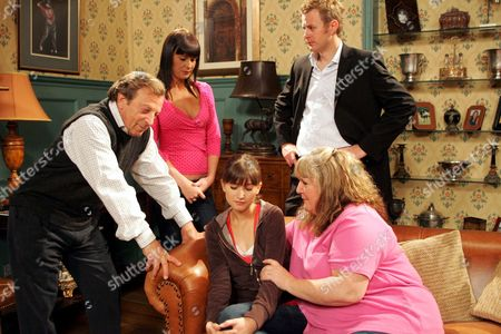 Stock Photo of 'Emmerdale'   TV Kenneth Farrington, Lucy Pargeter, Tom Lister, Charley Webb and Jane Cox.