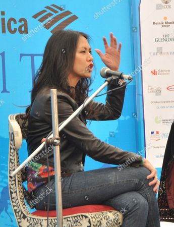 Us Author Amy Chua Author of 'Tiger Mothers' Gestures During the Jaipur Literature Festival in Jaipur India 21 January 2012 Dsc Jaipur Literature Festival is the Largest Literary Festival in Asia-pacific and the Most Prestigious Celebration of National and International Literature to Be Held in India India Jaipur