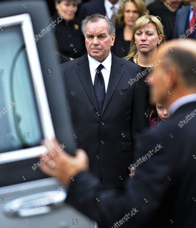 Former Chicago Mayor Richard M Daley (c) Watches As the Casket Containing the Body of His Wife Maggie Daley is Placed in a Hearse Following Funeral Services at Old St Pat's Church in Chicago Illinois Usa 28 November 2011 Daley Died 24 November After a Long Battle with Cancer Her Husband Served Six Four-year Terms at Mayor of Chicago Following in the Footsteps of His Father Richard J Daley United States Chicago