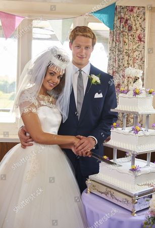 EPISODE 1 Pictured :LORNE MACFADYEN as Bobby and Michelle Keegan as Tina.