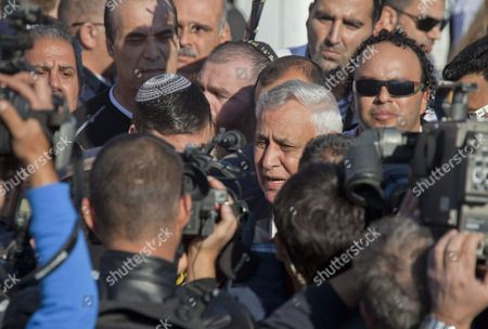 Former Israeli President Moshe Katsav (c) Speaks to Reporters Outside His Home in Kiryat Malachi Israel As He Leaves to Go to a Prison in Ramle to Begin Serving His Sentence 07 December 2011 Katsav Has Been Sentenced to Seven Years For Rape and Sexual Assault and Continues to Declare His Innocence Israel Kiryat Malachi