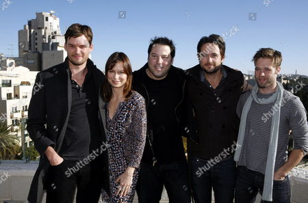 (l-r) Us Actors Austin Nichols Mary Lynn Rajskub Greg Grunberg Canadian Actors Justin Chatwin and Shaun Sipos Pose For Photographs at a Hotel in Jerusalem Israel 12 December 2011 the Actors Are in Israel For a Week Visit Hosted by 'America's Voices in Israel' Organization Israel Jerusalem
