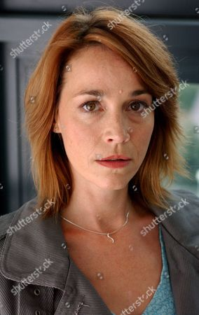 'Strictly Confidential'   TV Eva Pope