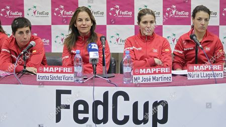 Spain Team Players Carla Suarez Navarro (l) Maria Jose Martinez Sanchez (2nd-r) Nuria Llagostera Vives (r) and Team Captain Arantxa Sanchez Vicario (2nd-l) Attend a Press Conference After Their Training Session Ahead of the Tennis Federation Cup Russia Vs Spain Quarterfinal Match in Moscow Russia 01 February 2012 Russia Will Take on Spain in the Tennis Fed Cup on 04 and 05 February Russian Federation Moscow