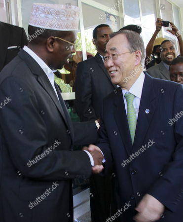 Un Secretary-general Ban Ki-moon (r) is Welcomed by the President of Somalia Sheikh Sharif Ahmed (l) at the Presidential Palace Upon His Arrival in Mogadishu Somalia 09 December 2011 Ban Announced That the Un Office For Somalia Will Relocate to Mogadishu From Kenya Next Year a Move Seen As a Sign of Recent Security Gains in Mogadishu Somalia Mogadishu