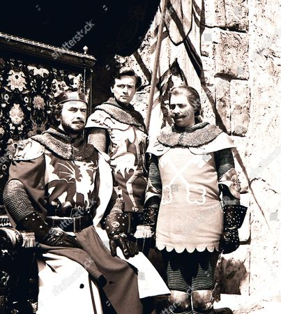 'The Adventures of Sir Lancelot'  TV - 1956 - Ronald Leigh-Hunt as King Arthur, William Russell as Sir Lancelot du Lac, David Morrell as Sir Kay.