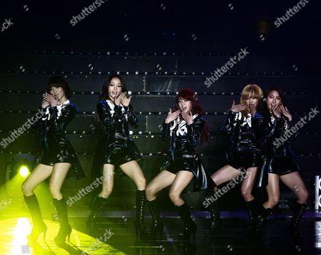 South Korean Girl Group Kara Members (l-r) Kang Ji-young Goo Ha-ra Han Seung-yeon Nicole and Park Gyuri Perform Onstage During a Concert at the Olympic Park Gymnastics Stadium in Seoul South Korea 18 February 2012 Korea, Republic of Seoul