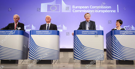 (l-r) Jeremy Grantham of the Grantham Foundation Former Prime Minister of Ireland John Bruton European Commissioner For Environment Janez Potocnik and British Yachtswoman Ellen Mcarthur Attend a News Conference on the Resource Efficiency Platform at the European Commission Headquarters in Brussels Belgium 05 June 2012 to Increase Resource Efficiency is the Key to Securing Growth and Jobs For Europe As It Brings Major Economic Opportunities Improves Productivity Drives Down Costs and Boosts Competitiveness Belgium Brussels