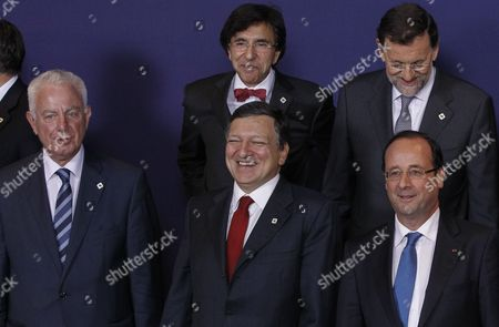 (l-r Front Row) Greek Prime Minister Panagiotis Pikrammenos European Commission President Jose Manuel Barroso French President Francois Hollande and (back Row) Belgian Prime Minister Elio Di Rupo and Spanish Prime Minister Mariano Rajoy Take Their Positions For a Group Photo at the Informal Eu Summit in Brussels Belgium 23 May 2012 Eu Head of States Are Meeting in Brussels For an Informal Eu Summit on Economic Growth Which Marks French President Francois Hollande's Debut on the Eu Scene France is Expected to Push on the Issue of Eurobonds Which Has Put It at Loggerheads with Germany Belgium Brussels
