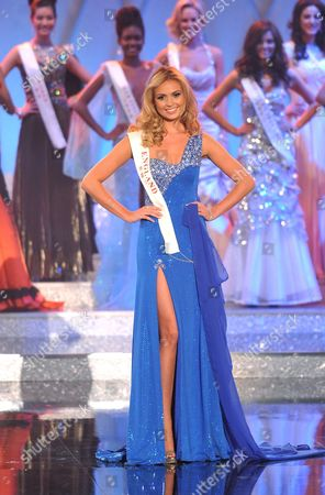 Miss England Alize Lily Mounter on Stage During the Miss World 2011 Final at Earls Court Exhibition Centre in London Britain 06 November 2011 Miss Venezuela Ivian Sarcos was Crowned Miss World 2011 the Event Marked Its 60th Anniversary by Returning to Its Birthplace - London United Kingdom London