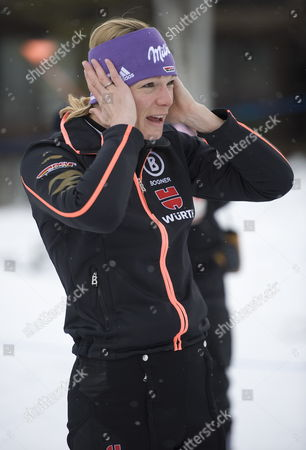 Maria Hofl-riesch of Germany After Her Practice Run at the Women's World Cup Alpine Skiing in Aspen Colorado Usa 25 November 2011 United States Aspen