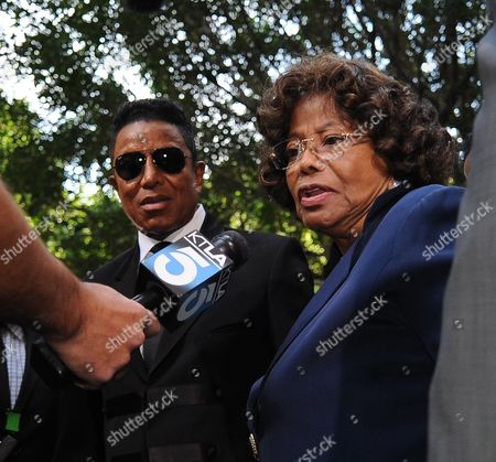 Katherine Jackson (r) the Mother of the Late Michael Jackson and Jermaine Jackson (l) the Brother of the Singer Answer Questions As They Leave the Courthouse After the Sentencing of Dr Conrad Murray who was Convicted of Involuntary Manslaughter For the Death of Pop Signing Legend Michael Jackson at the Los Angeles Superior Courthouse in Los Angeles California Usa 29 November 2011 Murray was Sentenced to the Maximum Four Years in the Death of Michael Jackson United States Los Angeles