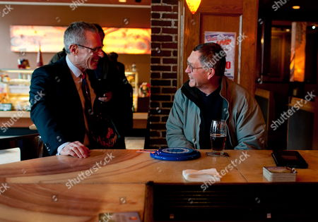 Fred Karger (l) Political Consultant Gay Rights Activists and the First Openly Gay Presidential Candidate From a Major Political Party (republican) in American History Talks with a Voter (r) at Martha's Exchange Restaurant & Brewing Company While Campaigning in Nashua New Hampshire Usa 05 January 2012 He Previously Served As a Senior Consultant to the Campaigns of Presidents Reagan George H W Bush and Gerald Ford He Officially Annunced His Candidacy on March 23 2011 United States Nashua