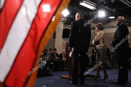 Us House Minority Leader Nancy Pelosi (c) Holds a Press Conference with House Minority Whip Steny Hoyer (l) and Democratic Representative From South Carolina James Clyburn (r) on Capitol Hill in Washington Dc Usa 16 December 2011 House Democratic Leadership Criticized House Republicans For Insisting to Tie the Keystone Xl Pipeline Approval with the Payroll Tax Cut and Extension of Unemployment Benefits United States Washington