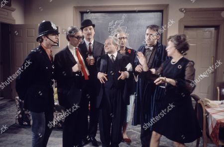'Mrs Wilson's Diary'   TV Stephen Lewis (3rd left) Bill Wallis, David Battley, Myvanwy Jenn