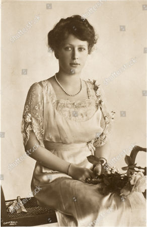 Princess Mary (1897 - 1965) - Daughter of Prince George Later King George V & the Duchess of York Later Queen Mary Married Viscount Lascelles Reluctantly in 1922 Lascelles Proposed to Her After A Wager at His Club She Lived Under 6 British Monarchs circa 1913