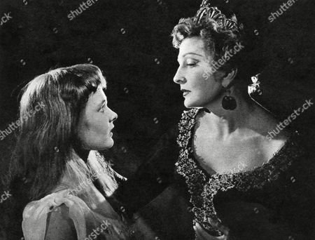 Dame Judi Dench's Professional Stage Debut As Ophelia with Coral Browne As Gertrude in 'Hamlet' Produced by the London Old Vic Company 1957