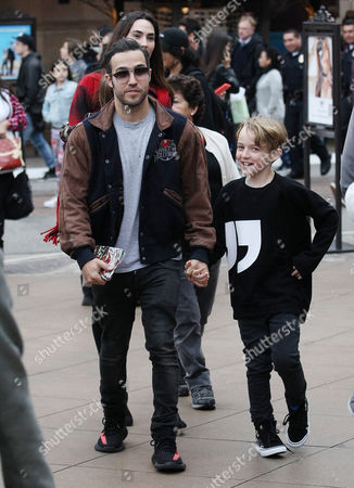 Editorial picture of Pete Wentz and family out and about, Los Angeles, USA - 23 Dec 2016