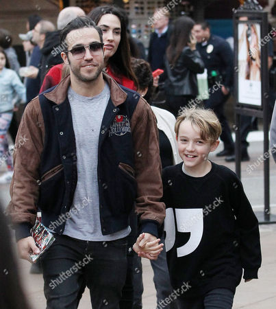 Editorial photo of Pete Wentz and family out and about, Los Angeles, USA - 23 Dec 2016
