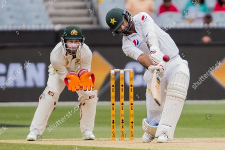 Sohail Khan hits a 6 off Nathan Lyon during day 3 of the 2nd test between Australia Vs Pakistan